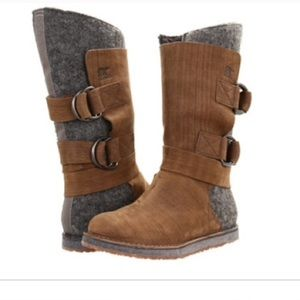 Sorel Wood & Leather Chipakho Wool Buckle Boot 7
